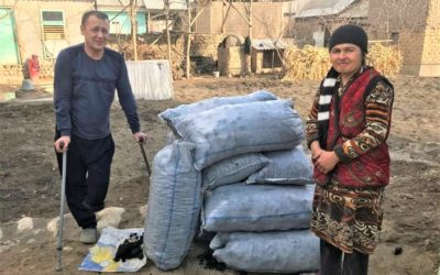 Impoverished deaf people in Uzbekistan receive winter aid
